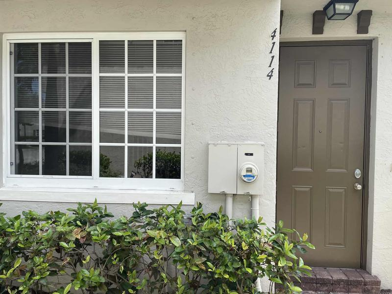 Image for property 4114 Napoli Lake Drive, Riviera Beach, FL 33410