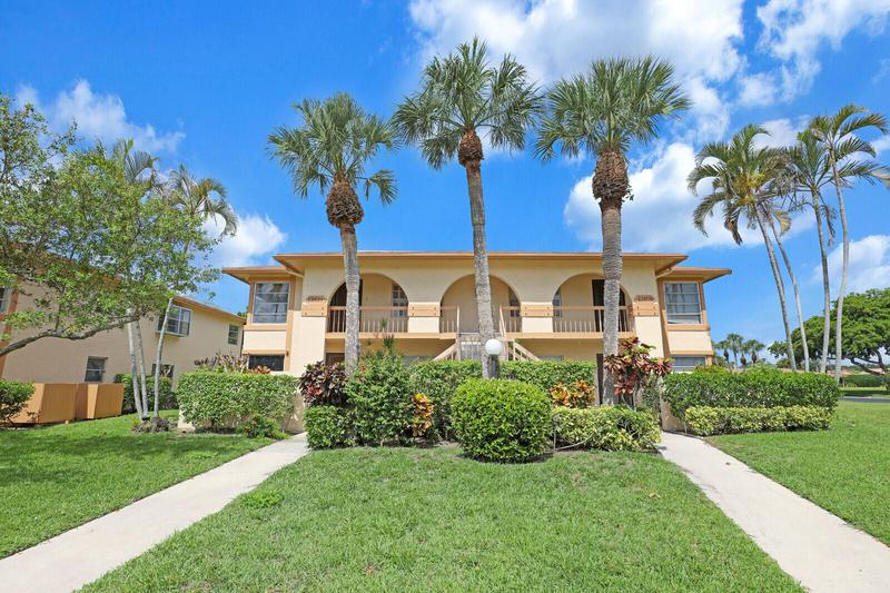 Image for property 13921 Royal Palm Court B, Delray Beach, FL 33484
