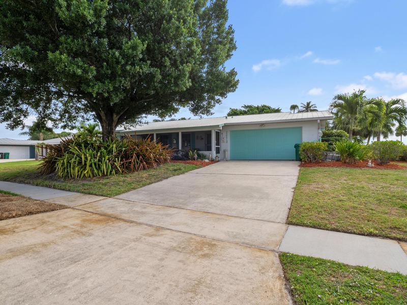 Image for property 2873 Pine Valley Street, Port Saint Lucie, FL 34952
