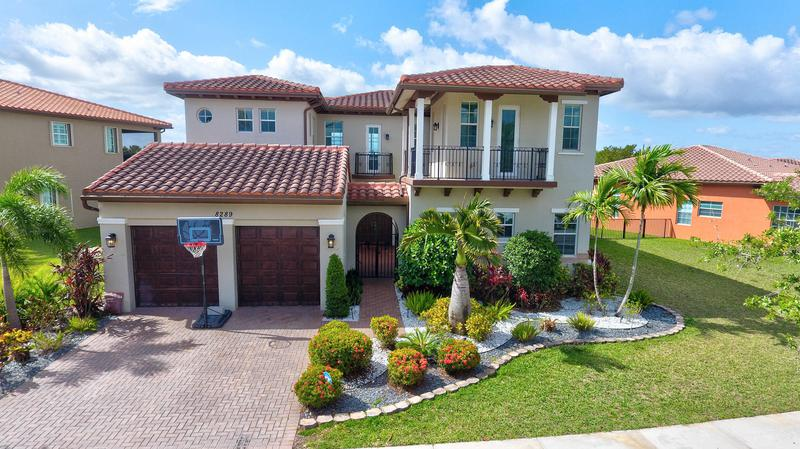 Image for property 8289 124th Terrace, Parkland, FL 33076