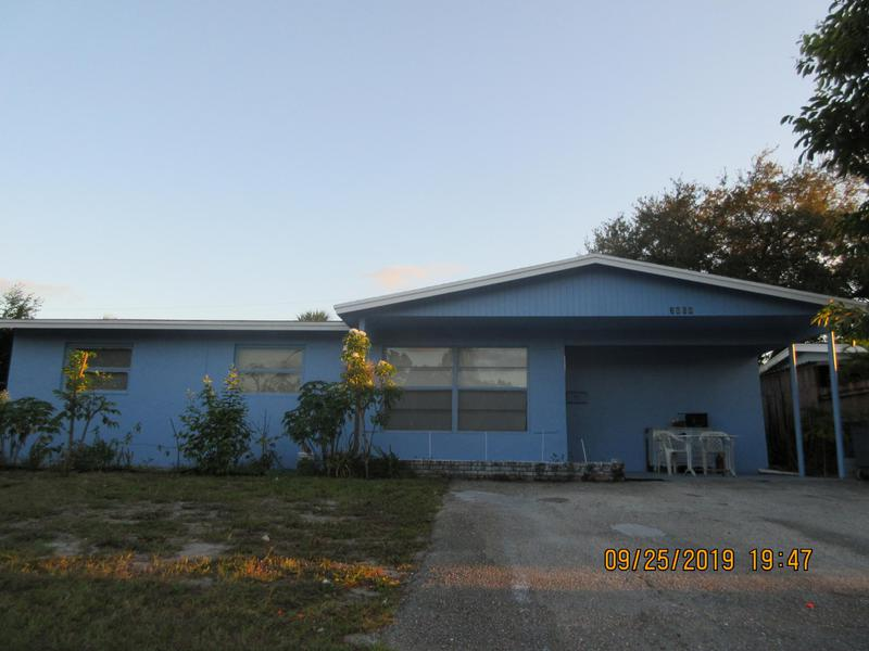 Image for property 3608 Holiday Road, Palm Beach Gardens, FL 33410