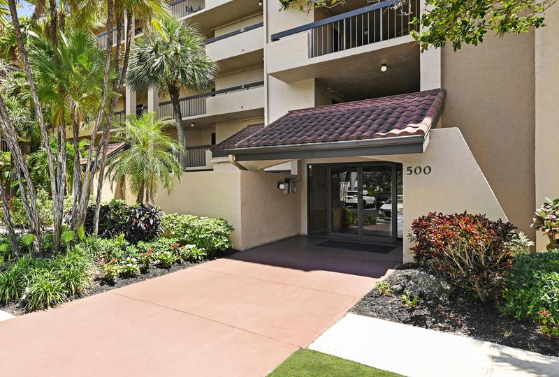 Image for property 500 Egret Circle 8507, Delray Beach, FL 33444