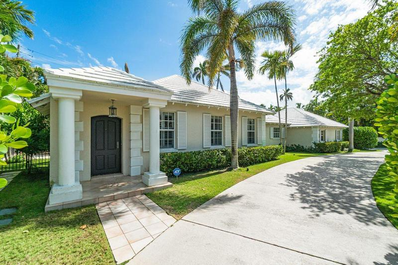 Image for property 216 Bahama Lane, Palm Beach, FL 33480