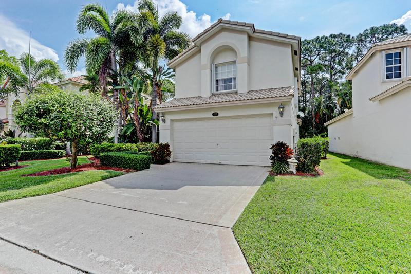 Image for property 432 Woodview Circle, Palm Beach Gardens, FL 33418