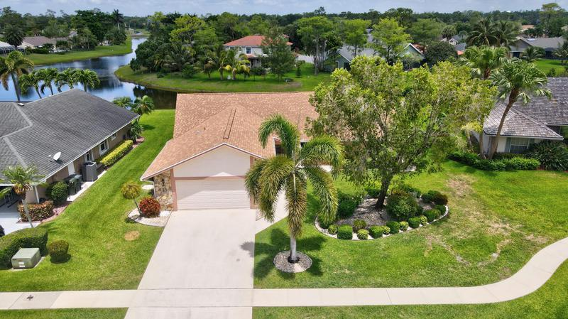 Image for property 815 Caraway Court, Wellington, FL 33414