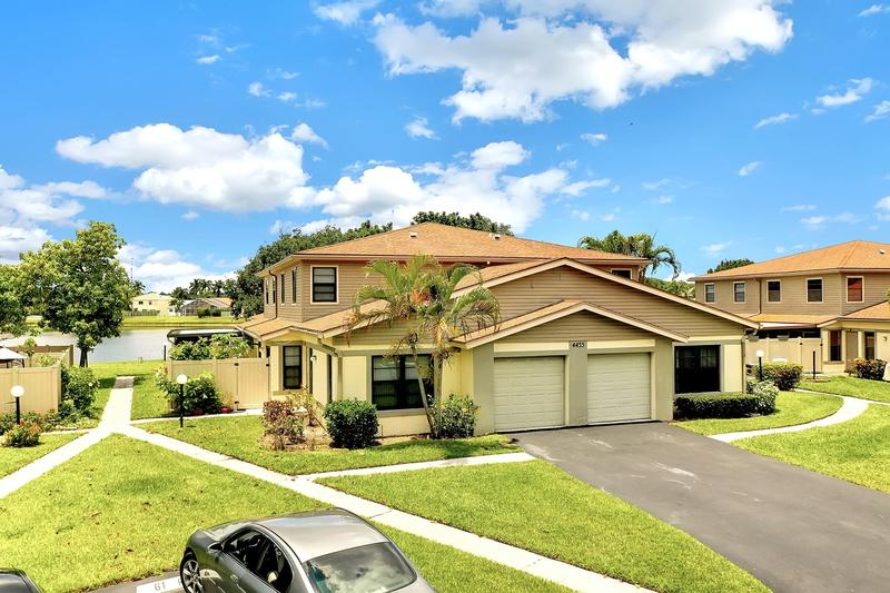 Image for property 4443 Willow Pond Road A, West Palm Beach, FL 33417