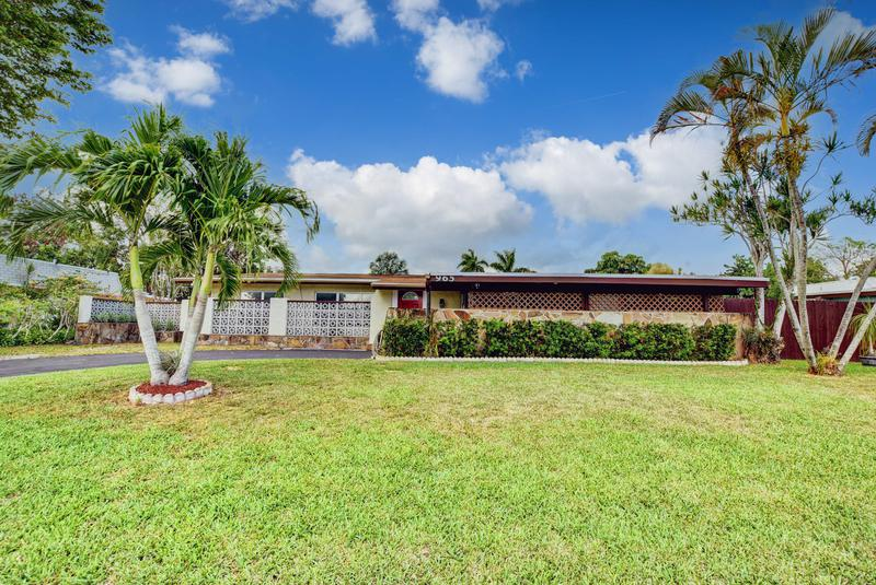 Image for property 965 Orchid Drive, Royal Palm Beach, FL 33411