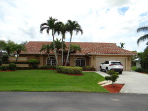 Image for property 2018 Hunters Club Way, Palm City, FL 34990