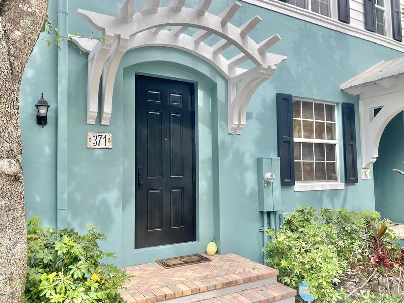 Image for property 371 Mallory Circle, Delray Beach, FL 33483