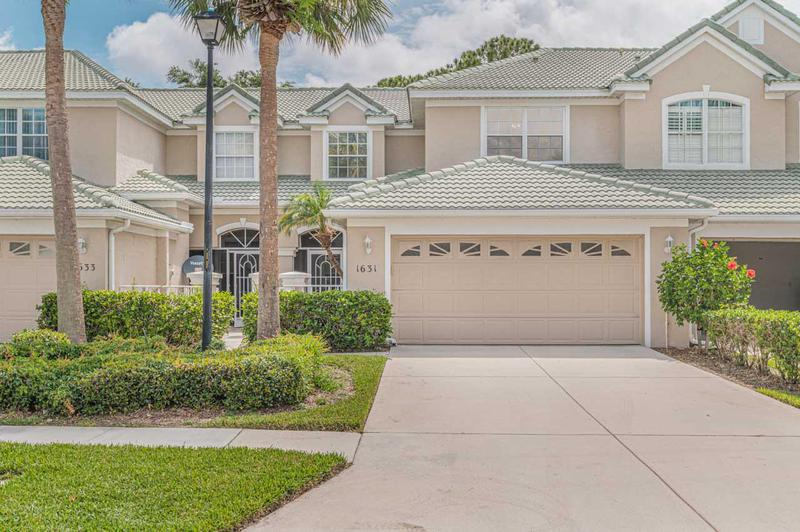 Image for property 1631 Harbour Isles Circle 33, Port Saint Lucie, FL 34986