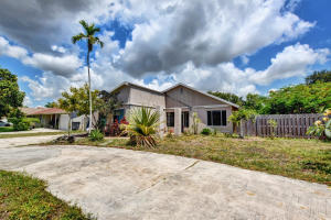 Image for property 3595 Walden Lane, West Palm Beach, FL 33406