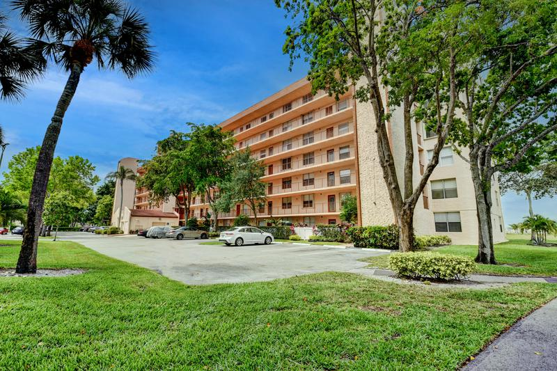 Image for property 14575 Bonaire Boulevard 410, Delray Beach, FL 33446