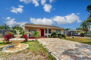 Image for property 2903 Apalachee Road, West Palm Beach, FL 33406