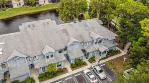 Image for property 906 Harbour Pointe Way, Greenacres, FL 33413