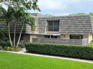 Image for property 101 1st Terrace, Palm Beach Gardens, FL 33418