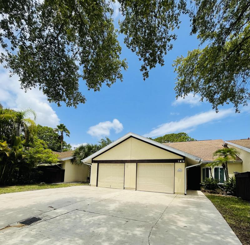 Image for property 1449 Rivergreen Circle, Port Saint Lucie, FL 34952