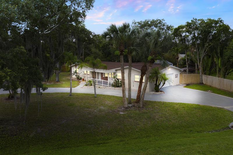 Image for property 8101 Coquina Avenue, Fort Pierce, FL 34951
