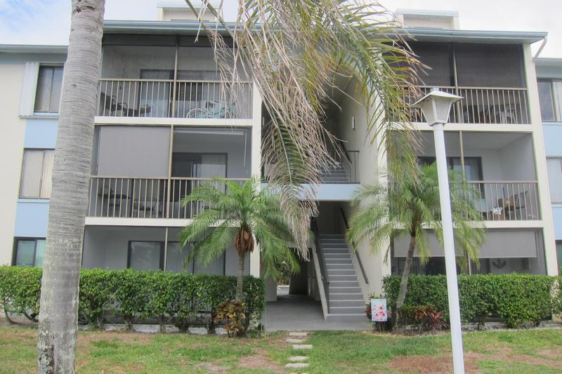 Image for property 1111 Green Pine Boulevard G1, West Palm Beach, FL 33409