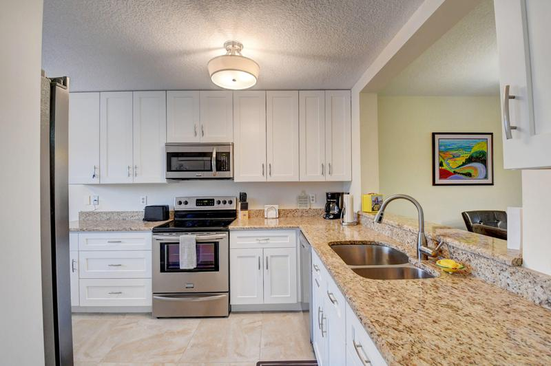 Image for property 15075 Witney Road 305, Delray Beach, FL 33484