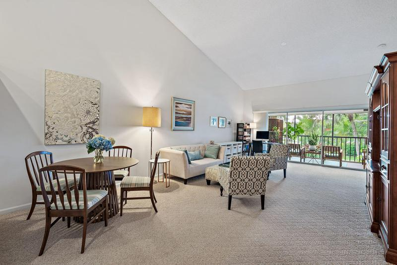Image for property 1141 Duncan Circle 203, Palm Beach Gardens, FL 33418