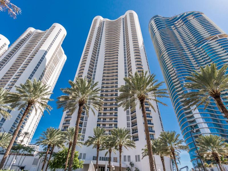 Image for property 15811 Collins Avenue 3401, Sunny Isles Beach, FL 33160