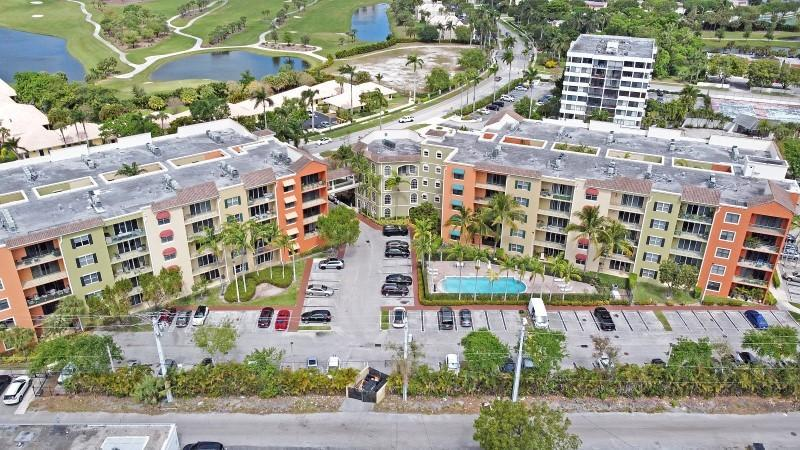 Image for property 1650 Presidential Way 102, West Palm Beach, FL 33401