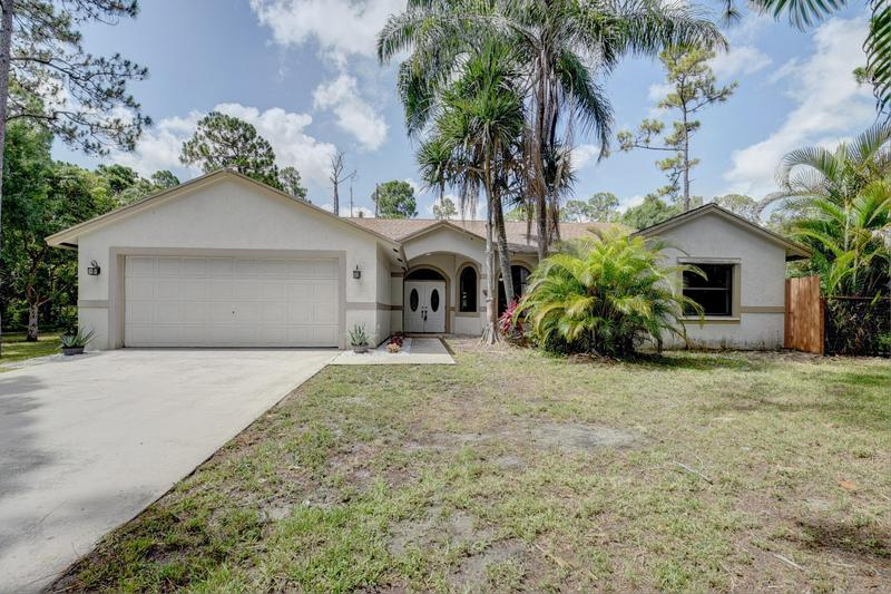 Image for property 17766 61st Place, Loxahatchee, FL 33470