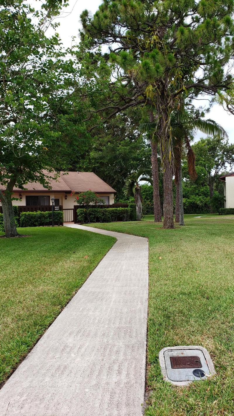 Image for property 4927 Sable Pine Circle F, West Palm Beach, FL 33417