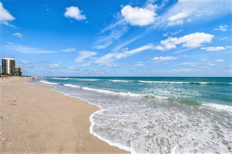 Image for property 3600 Ocean Drive 123, Riviera Beach, FL 33404
