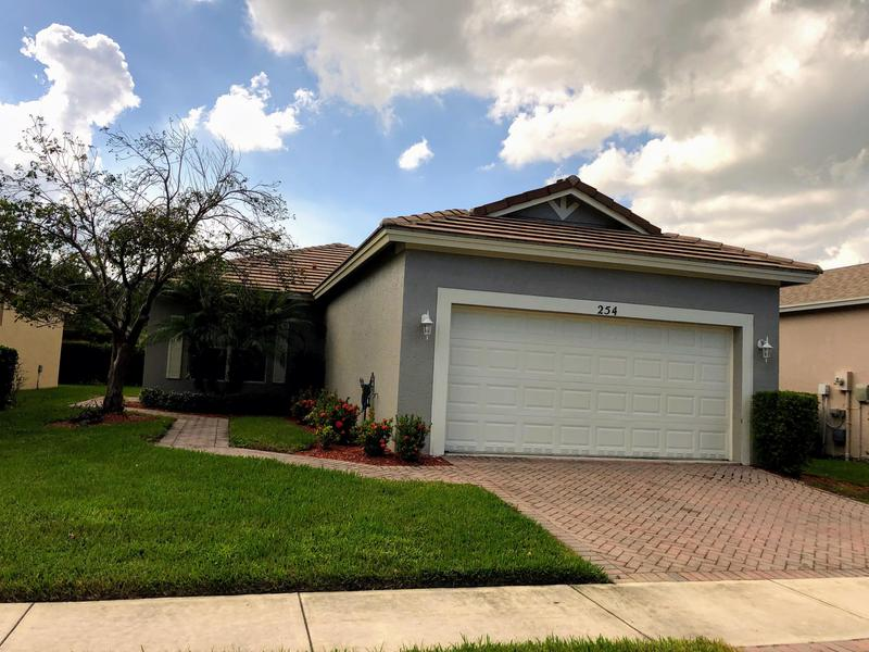 Image for property 254 Manatee Springs Way, Port Saint Lucie, FL 34986