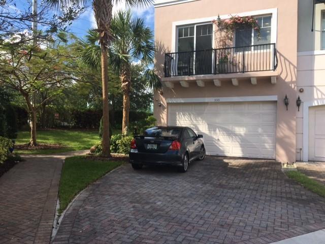 Image for property 555 35th Place, Boca Raton, FL 33431