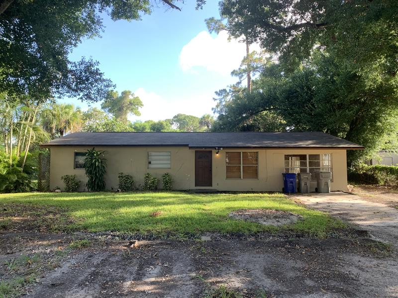 Image for property 3516 3rd Place, Vero Beach, FL 32968