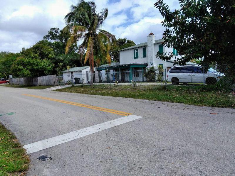 Image for property 117 4th Street, Delray Beach, FL 33444