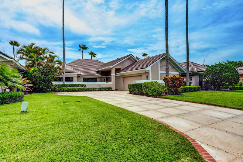 Image for property 140 Coventry Place, Palm Beach Gardens, FL 33418