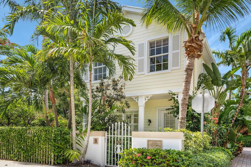 Image for property 902 Federal Highway 9, Lake Worth Beach, FL 33460