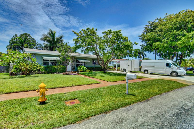 Image for property 1512 Shirley Court, Lake Worth, FL 33461