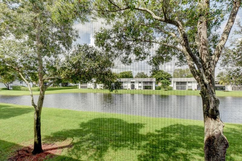 Image for property 15365 Lakes Of Delray Boulevard 212, Delray Beach, FL 33484