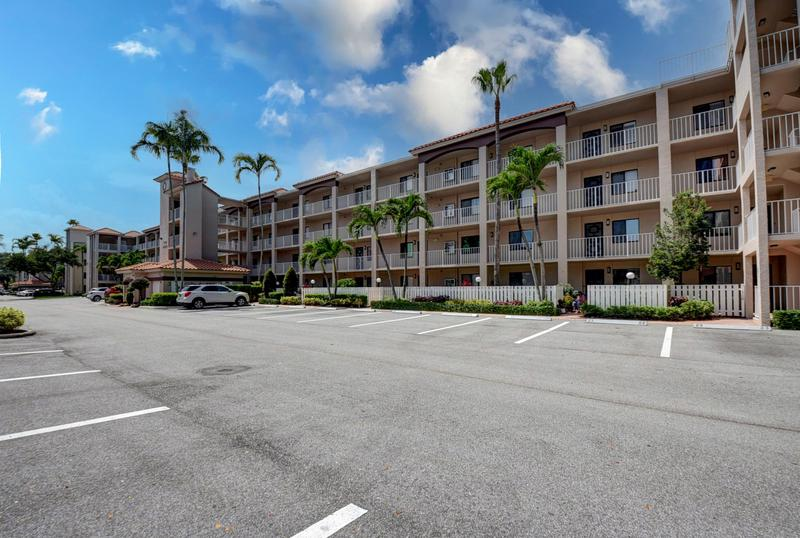Image for property 6149 Pointe Regal Circle 409, Delray Beach, FL 33484