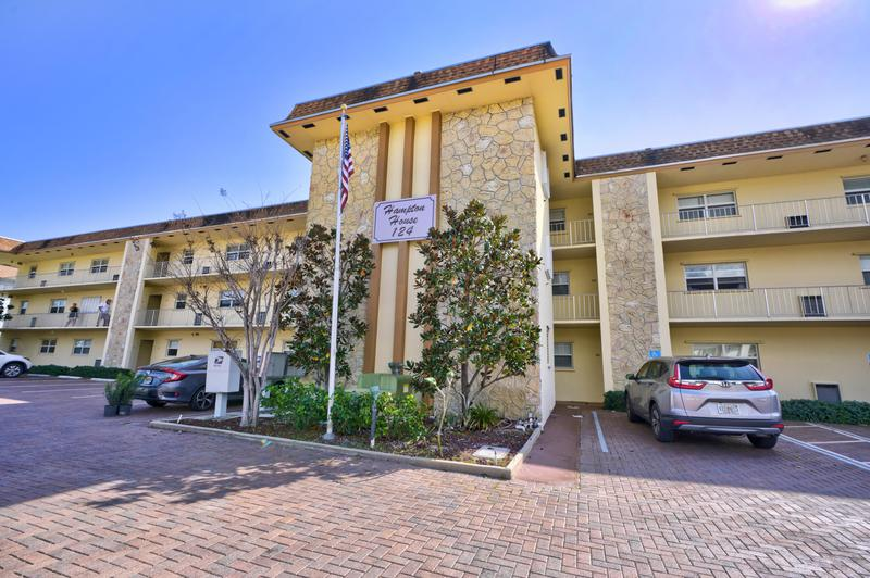 Image for property 124 Shore Court 205, North Palm Beach, FL 33408