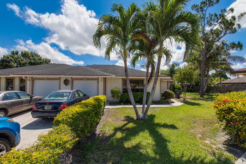 Image for property 834 Peppertree Court, Wellington, FL 33414