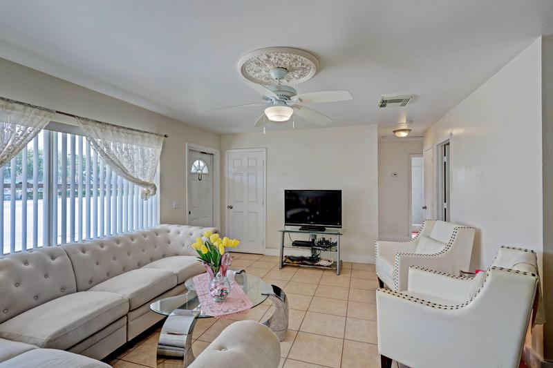 Image for property 1536 45th Street, West Palm Beach, FL 33407