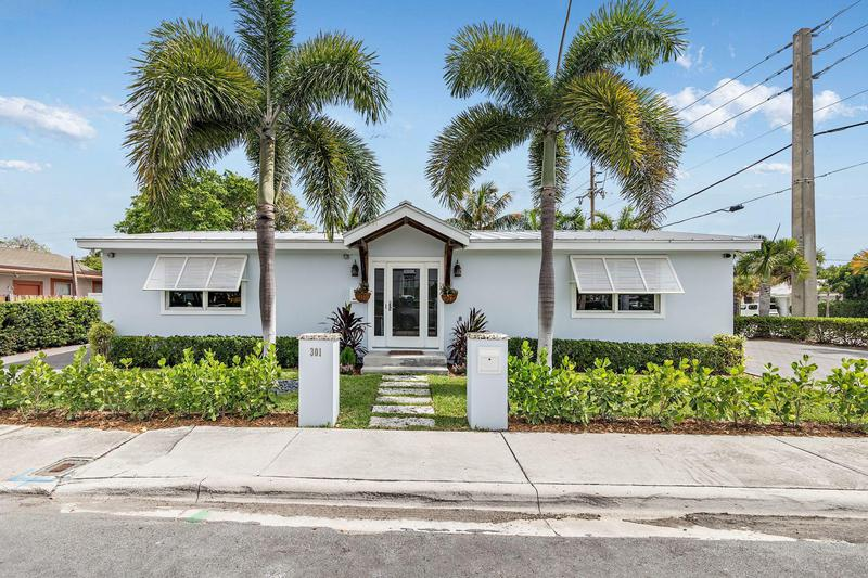 Image for property 301 Conniston Road, West Palm Beach, FL 33405