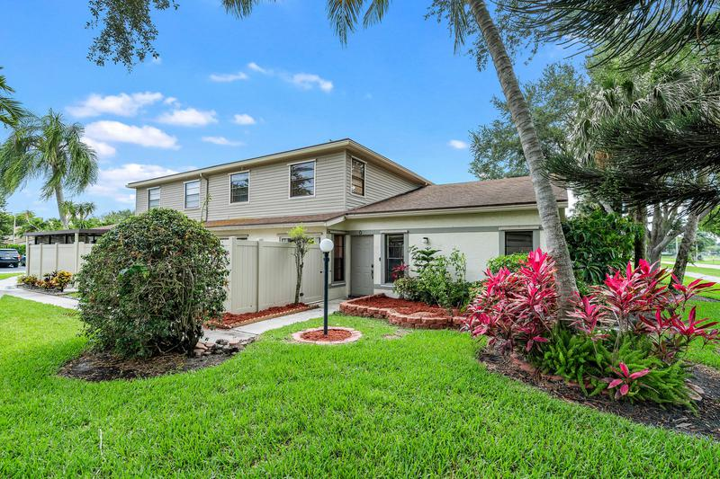 Image for property 4459 Willow Pond Road C, West Palm Beach, FL 33417