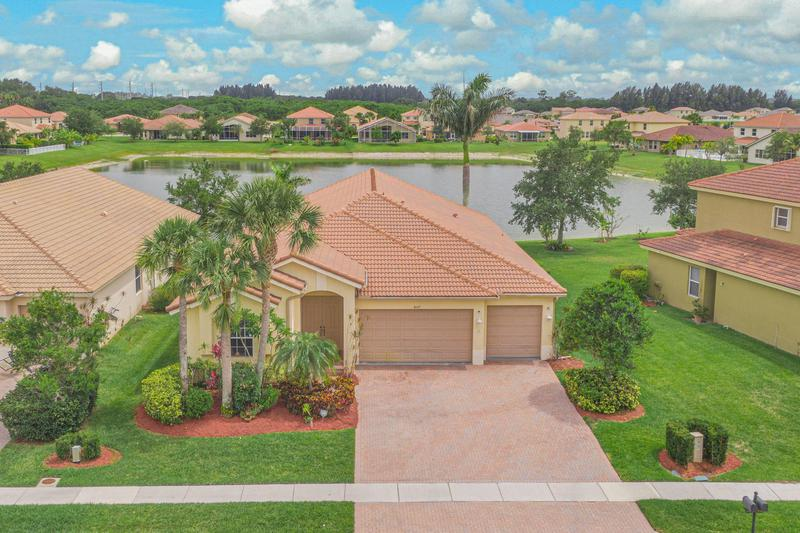 Image for property 4107 Silverstone Drive, Fort Pierce, FL 34947