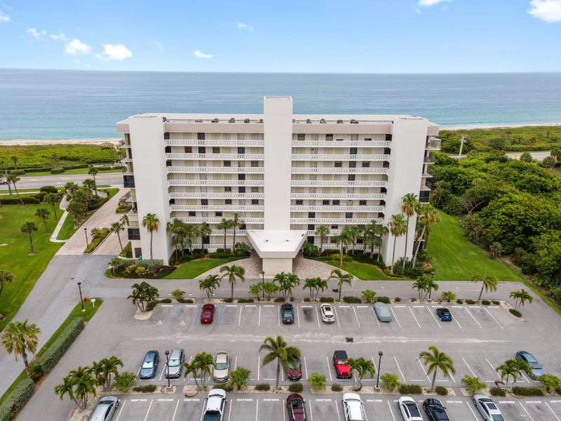 Image for property 5055 Highway A1a 302, Hutchinson Island, FL 34949