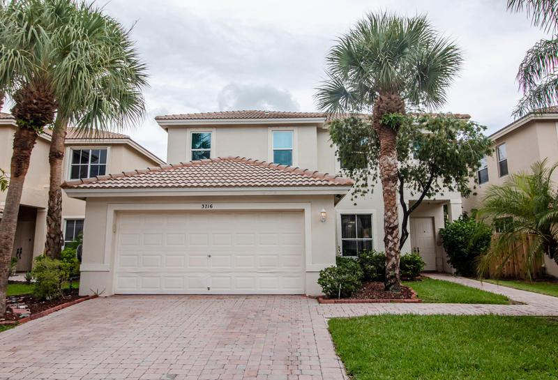 Image for property 3716 Torres Circle, West Palm Beach, FL 33409