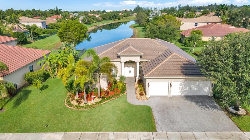 Image for property 1687 Newhaven Point Lane, Wellington, FL 33411