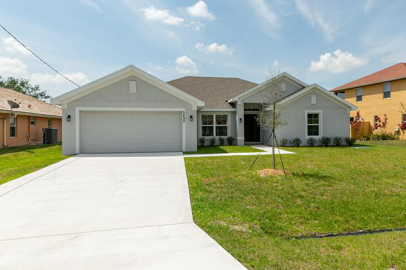 Image for property 6002 Hickory Drive, Fort Pierce, FL 34982