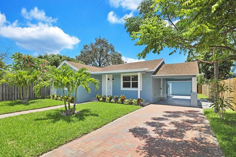 Image for property 710 Lakewood Road, West Palm Beach, FL 33405