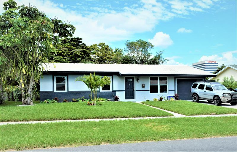 Image for property 1472 7th Street, West Palm Beach, FL 33401
